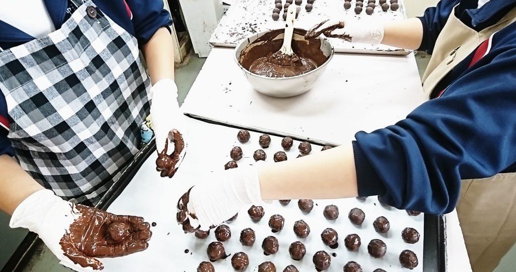 トリュフチョコレート作り