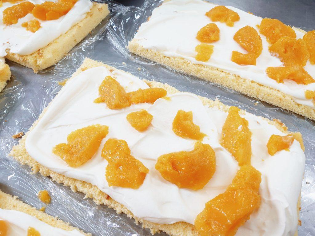 黃美娘ロールケーキ